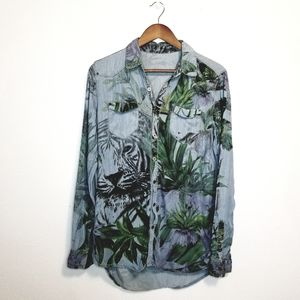 Blank NYC tiger jungle cat chambray button up